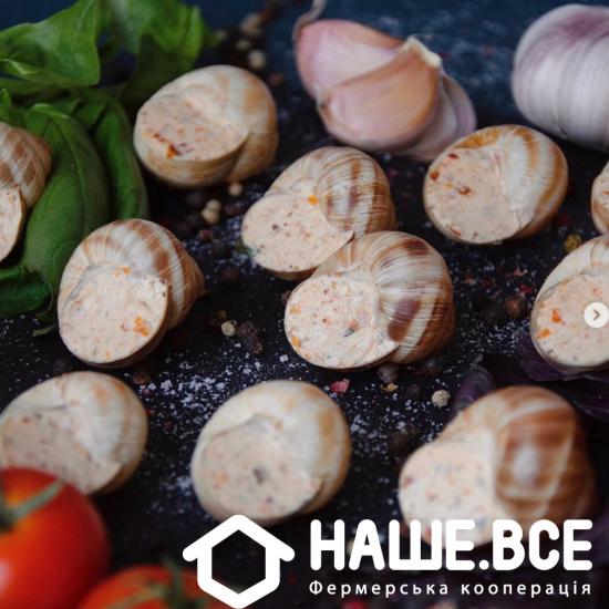 Улитки в соусе Песто с грецким орехом и вялеными томатами, 130г